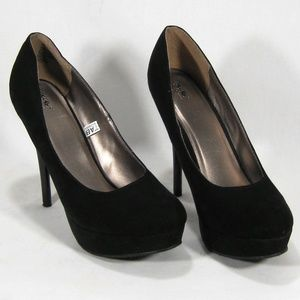 Mossimo Black Faux Suede Pumps (NWOB) Size: 8.5M
